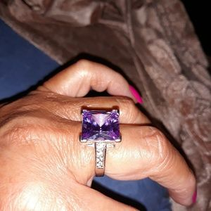 Jewelry - Beautiful Bold Lavender CZ Ring in SS